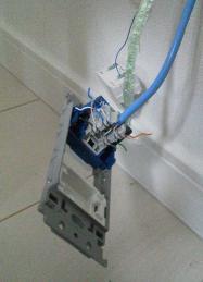 lan-socket03.jpg